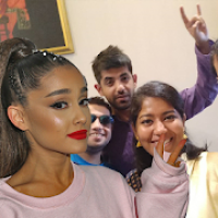 Selfie With Ariana Grande